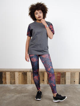 Antiform Leggings in Hedgerow - Model Image