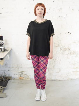 Antiform-Leggings-Pink-Plaid (4)
