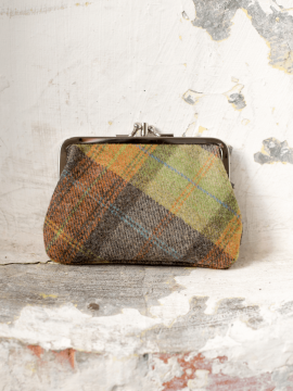 antiform_-yorkshire-tweed-purse_0004_aw16_yorkshire-79