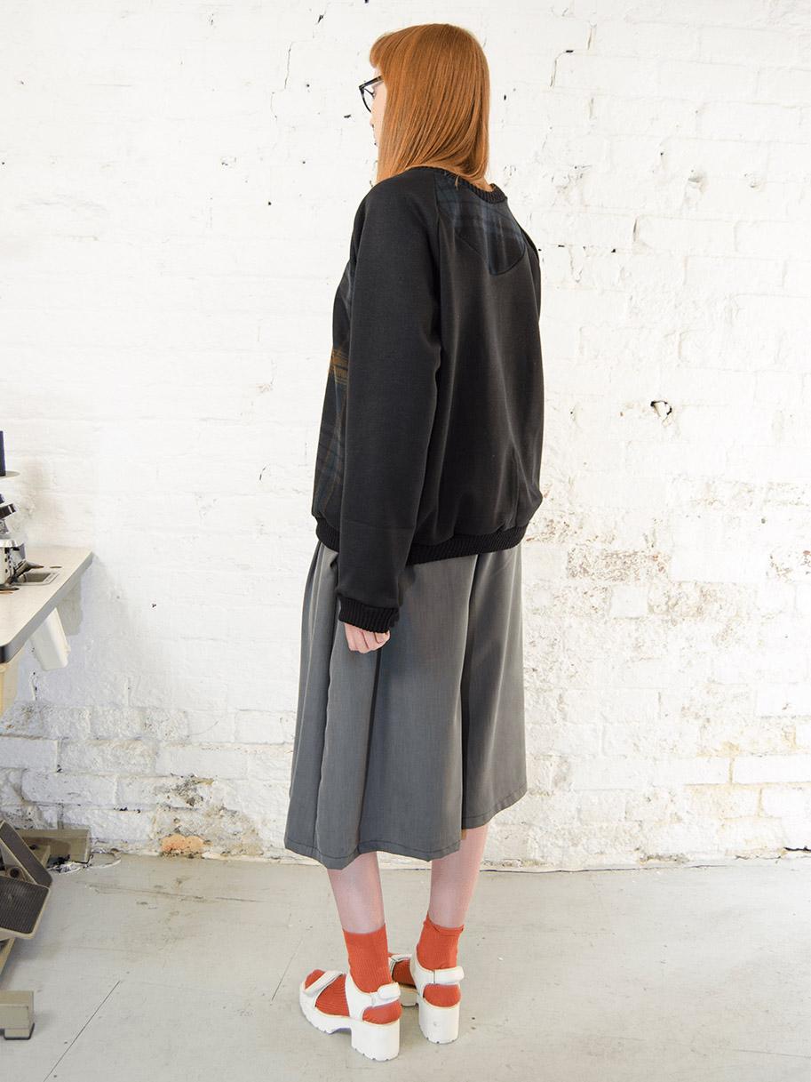 Antiform Tweed Sweater Black Sleeve