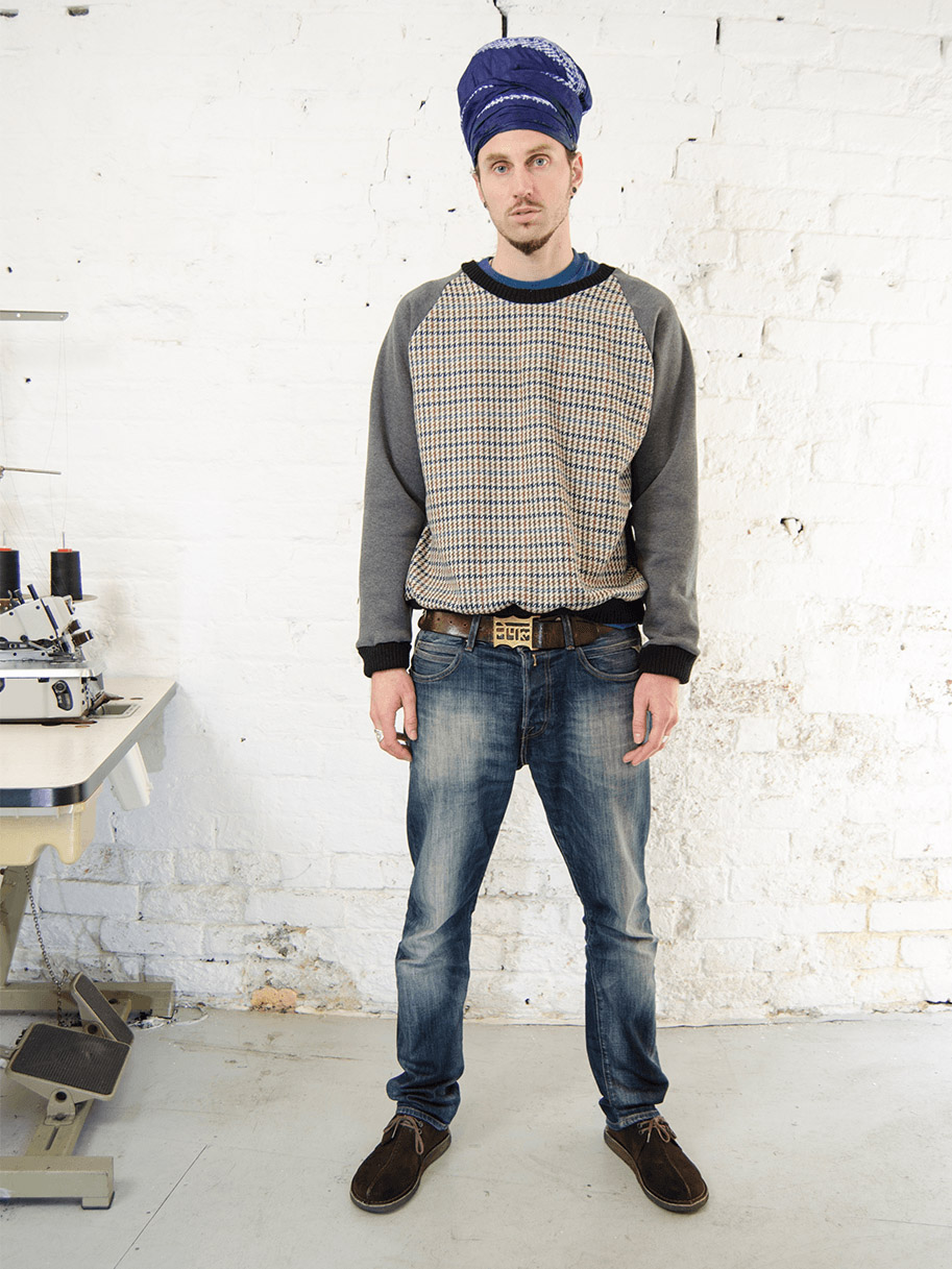 Antiform Tweed Sweater Grey Sleeve